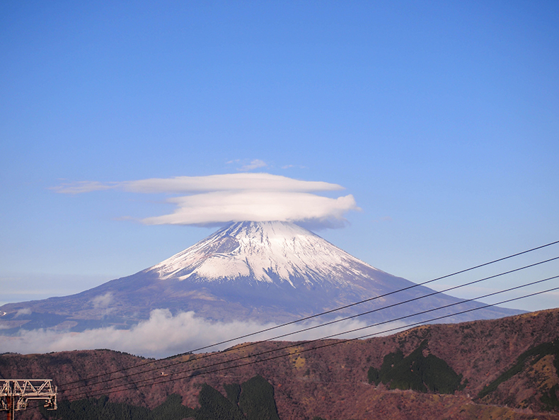 大涌谷からの富士山_箱根の冬